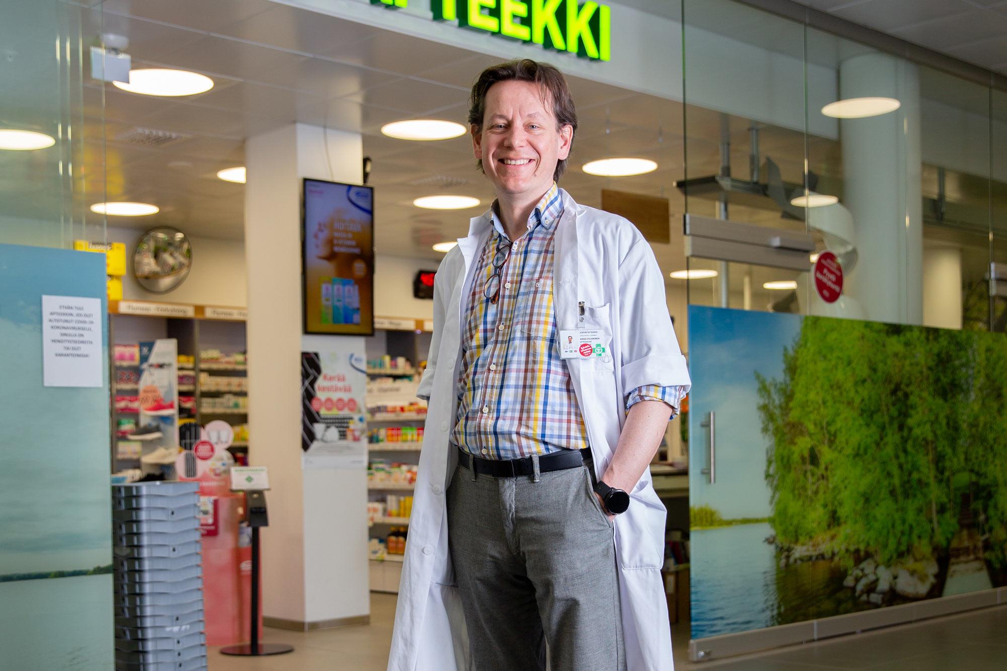 Myös Jorvin apteekissa tuotetaan koneellista Anja-annosjakelupalvelua